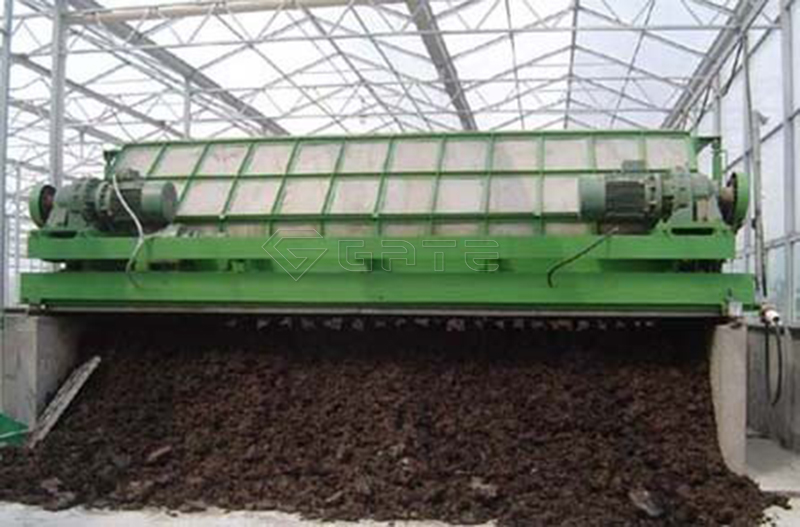 The chicken manure organic fertilizer production line