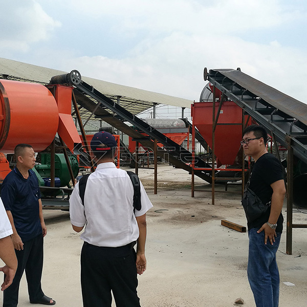 Welcome Thai customer to visit GATE factory for organic fertilizer production line Manfacturer