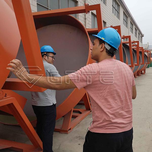 Egyptian customer visited GATE factory for Organic Fertilizer Pan/ Disc Granulator