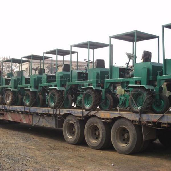 Australian customer buy GATE Wheel Type Tractor Compost Turner for fertilizer again Manfacturer