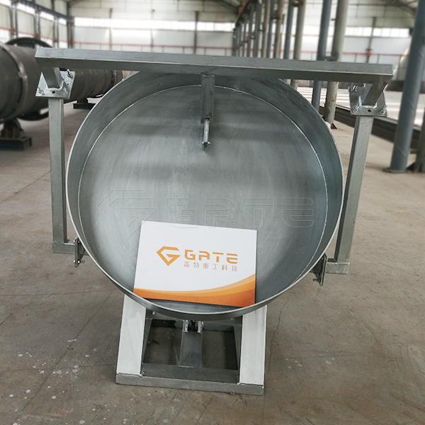 What are the characteristics of the rapid fermentation process of organic fertilizer equipment