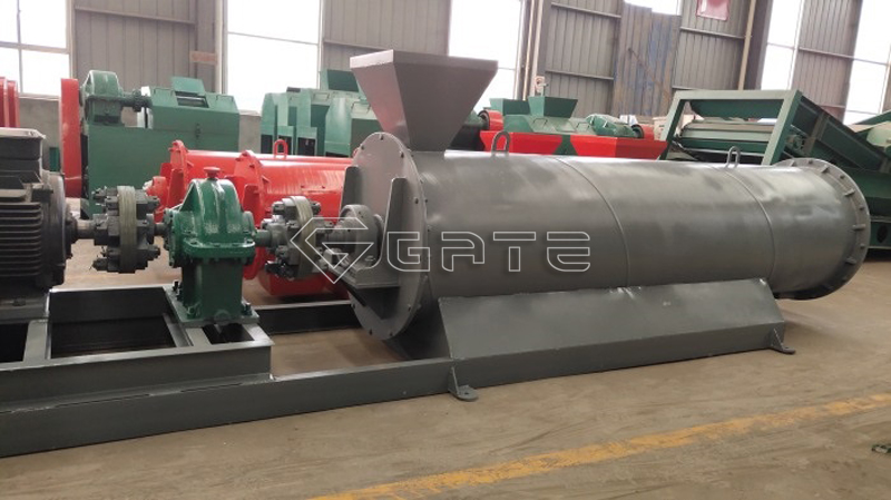 Gear---stirring-granulator-2