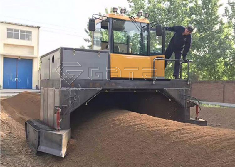 Tractor compost turner for fertilizer factory sale